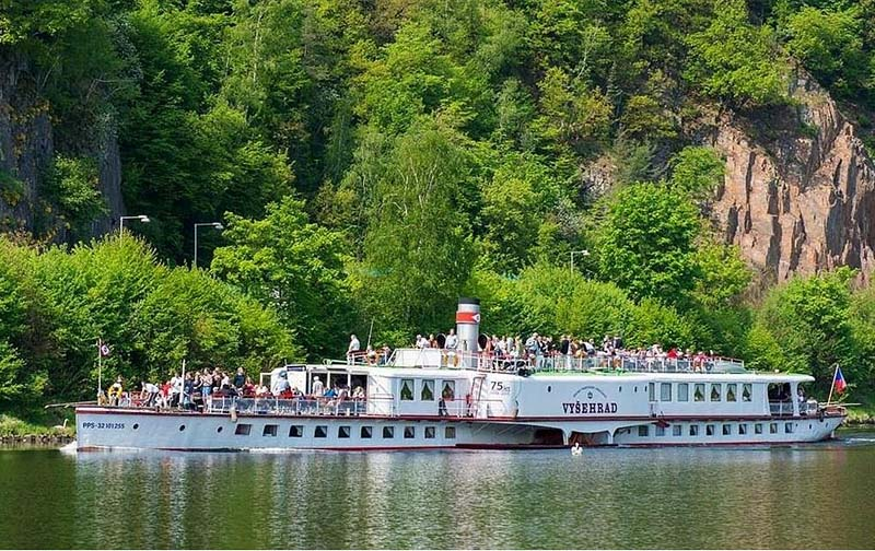 58 - Go to Slapy ba a steamboat - a historic steamboat sailing through the picturesque countryside along the Vltava river (20 km)